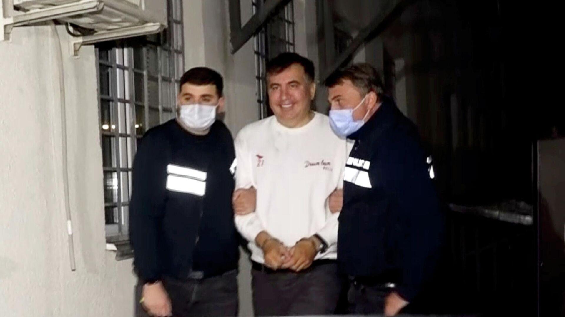 Бывший президент Грузии Михаил Саакашвили после задержания в городе Рустави - РИА Новости, 1920, 02.10.2021