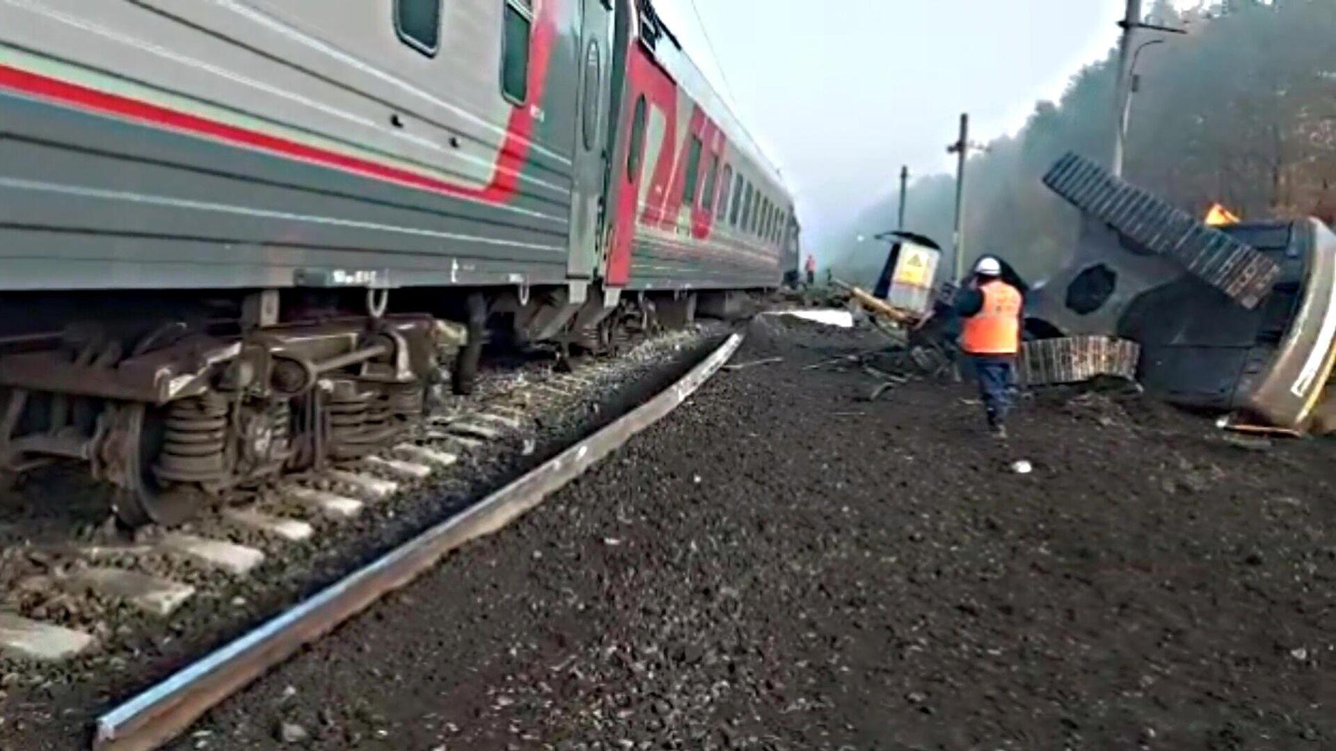 После ЧП на переезде под Пензой восстановили движение поездов