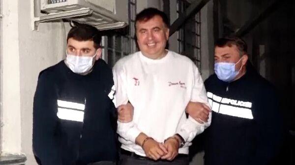 Бывший президент Грузии Михаил Саакашвили после задержания в городе Рустави