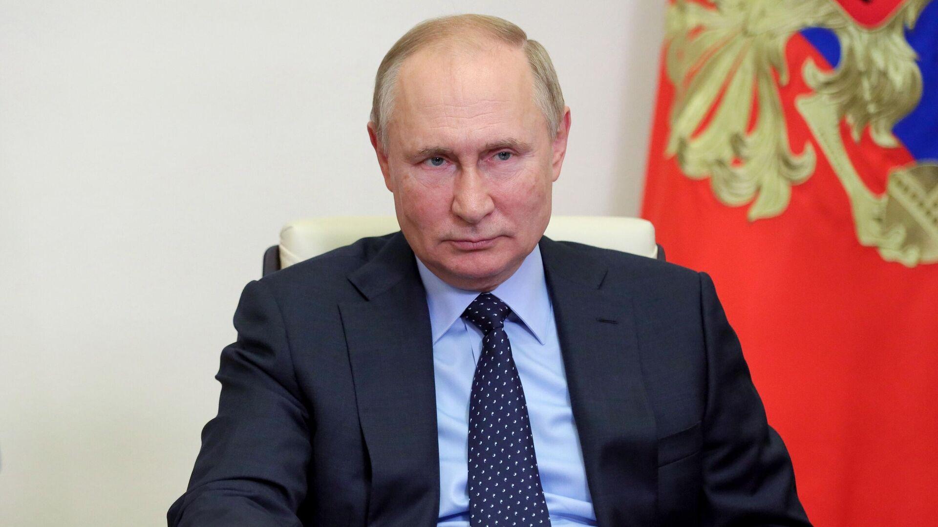 """Путин примет участие в заседании форума """"Российская энергетическая неделя"""""""