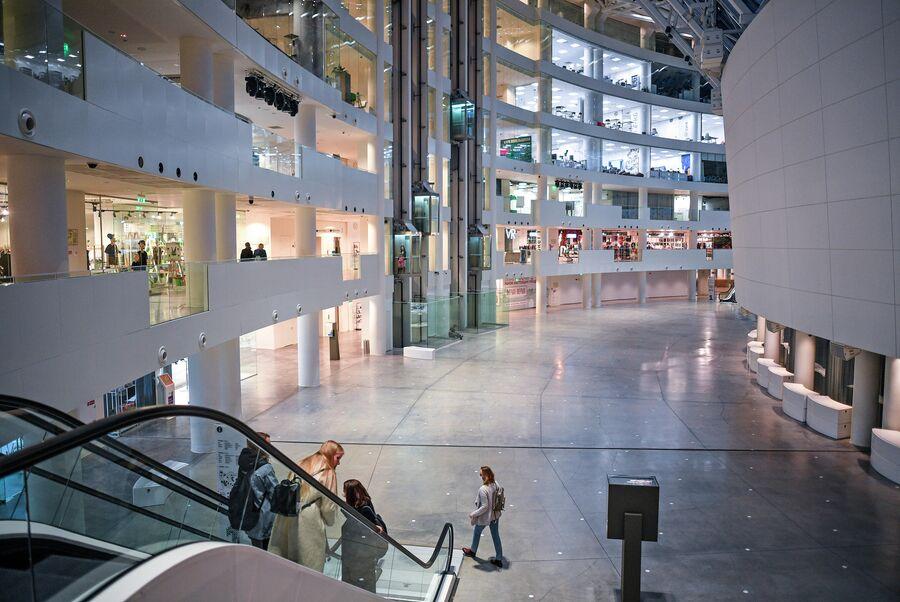 Крупнейшая общественная, культурно-образовательная площадка Екатеринбурга Ельцин Центр. Октябрь 2020 года