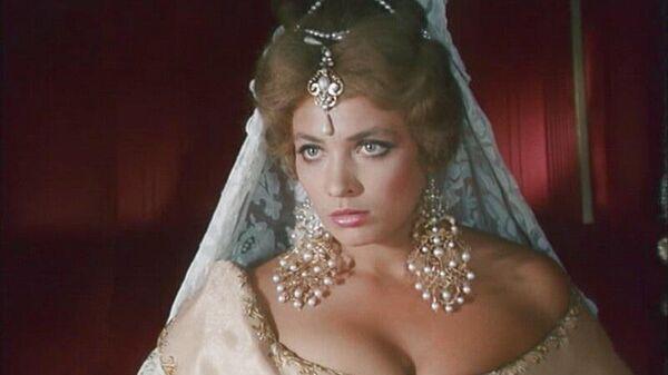 Кадр из фильма Дон Сезар де Базан