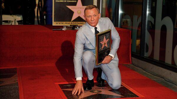 Дэниел Крейг на открытии своей именной звезды на Аллее славы в Голливуде