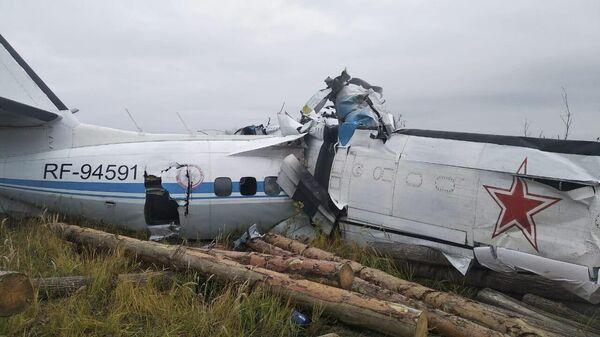 На месте жесткой посадки самолета L-410 в Мензелинске