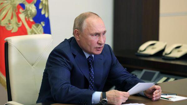 Президент РФ Владимир Путин провел совещание о научно-техническом обеспечении развития агропромышленного комплекса
