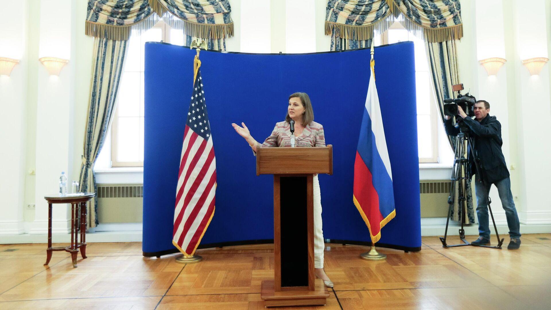 Помощник госсекретаря США Виктория Нуланд в Москве. 18 мая 2015 - РИА Новости, 1920, 12.10.2021