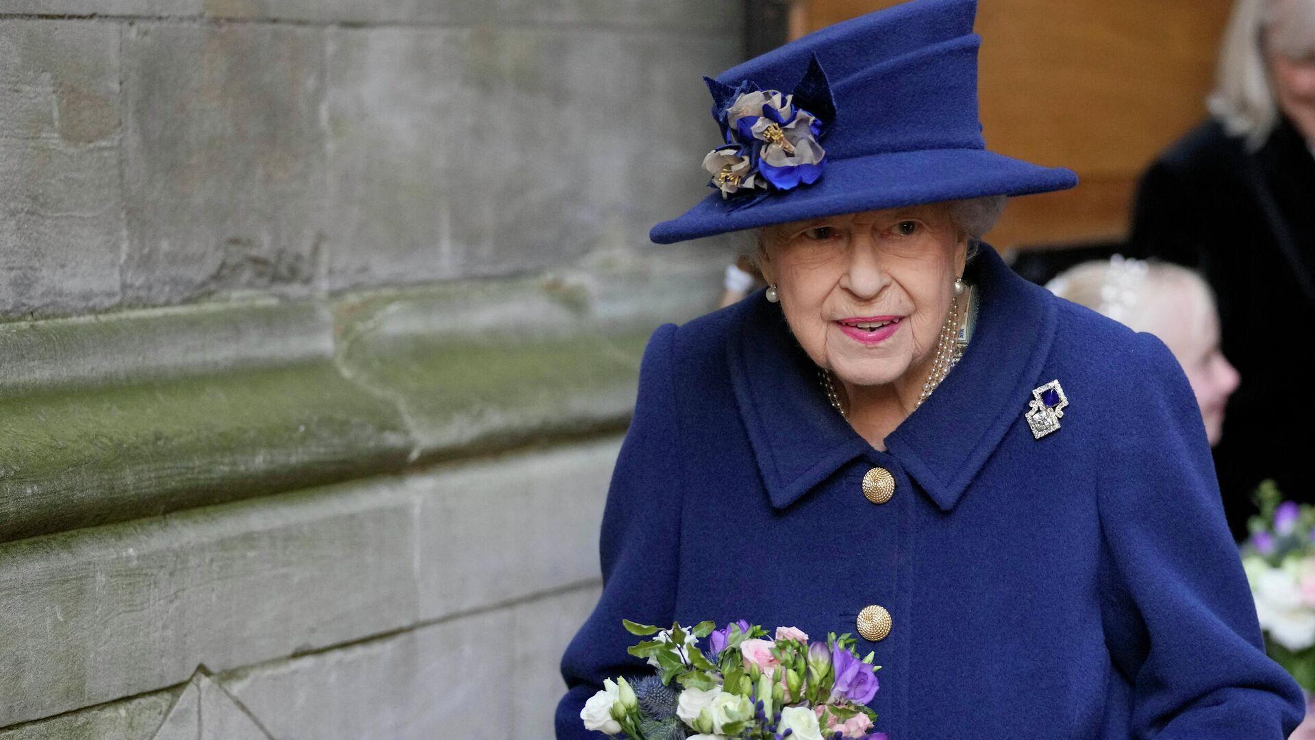 Британская королева Елизавета II после службы в Вестминстерском аббатстве по случаю столетия Королевского британского легиона - РИА Новости, 1920, 14.10.2021