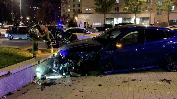 Кадры с места аварии на Кутузовском проспекте