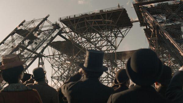 Кадр из фильма Эйфель