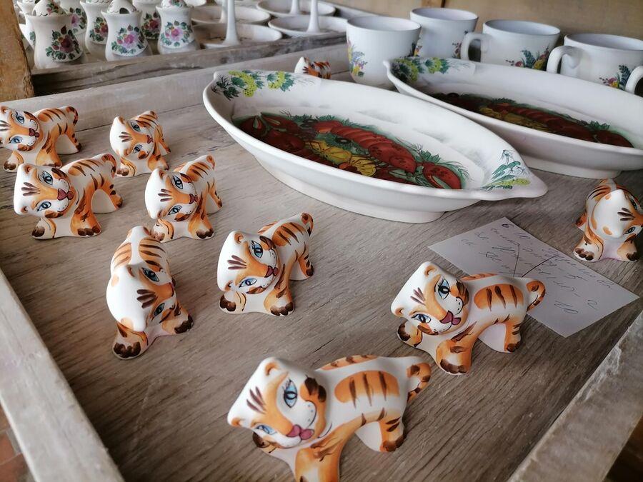 Тигрята. Семикаркорской керамика