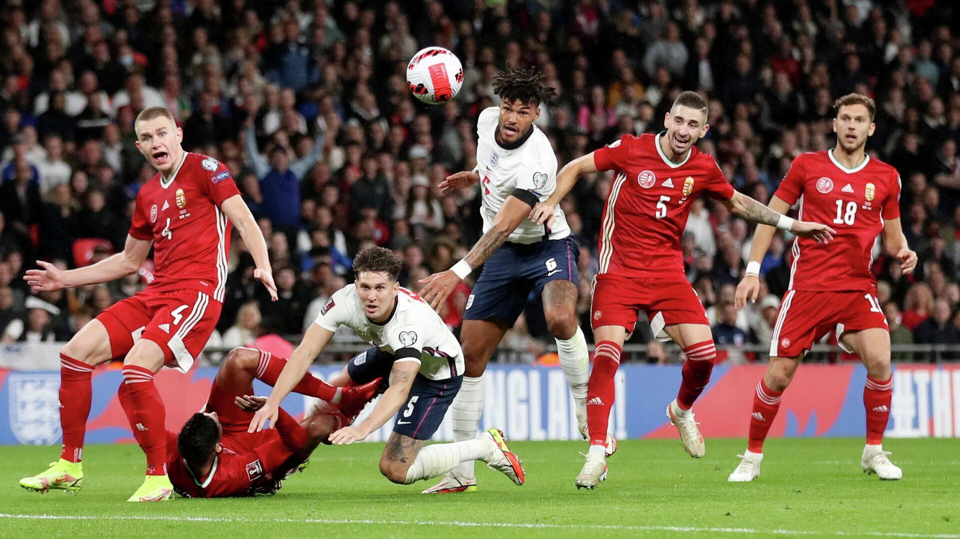 Soccer Football - World Cup - UEFA Qualifiers - Group I - England v Hungary - Wembley Stadium, London, Britain - October 12, 2021 Hungary's Attila Szalai in action with England's John Stones Action Images via Reuters/Carl Recine     TPX IMAGES OF THE DAY - РИА Новости, 1920, 14.10.2021