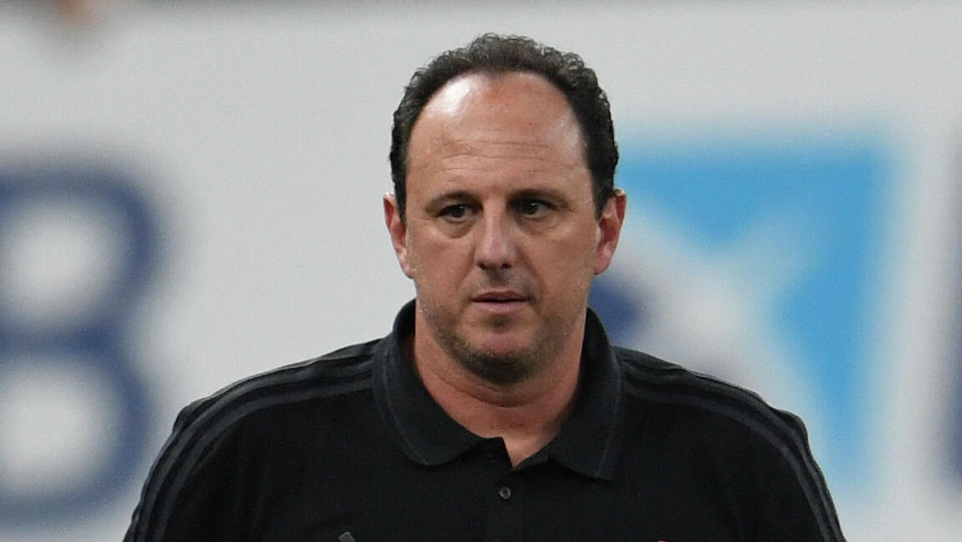 Flamengo's coach Rogerio Ceni gestures during the Carioca Championship 2021 final match agaist Fluminense at the Maracana stadium, in Rio de Janeiro, Brazil, on May 22, 2021, which is played behind closed doors as a mesure to combat COVID-19 coronavirus pandemic. (Photo by MAURO PIMENTEL / AFP) - РИА Новости, 1920, 14.10.2021
