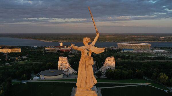 Монумент Родина-мать зовет!