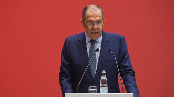 Министр иностранных дел России Сергей Лавров выступает на VII Всемирном конгрессе российских соотечественников, проживающих за рубежом