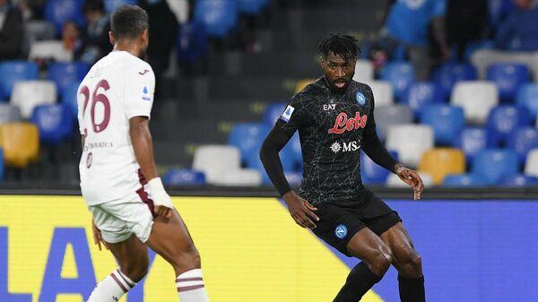 Игровой момент в матче Наполи - Торино