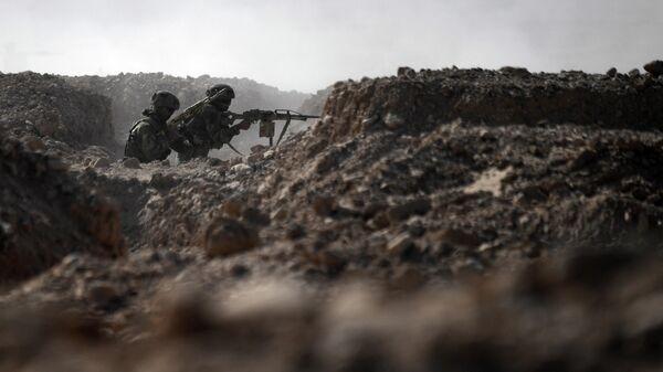 Военнослужащие коллективных сил ОДКБ на полигоне Харб-Майдон в Таджикистане