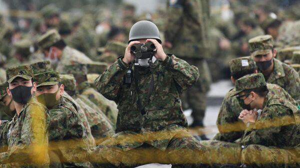 Солдаты Японии принимают участие в учениях
