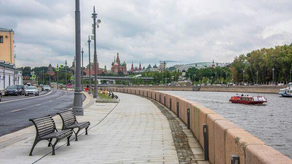 Раушская набережная в Москве