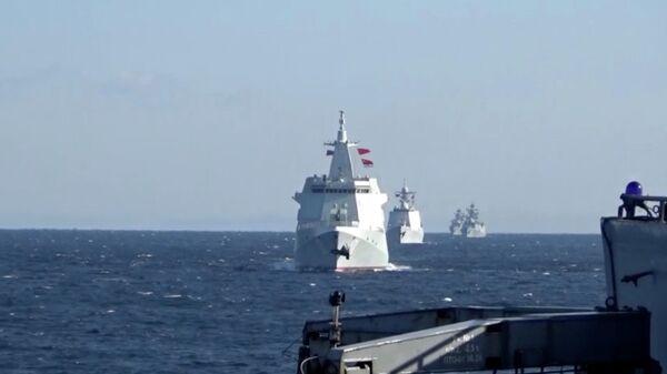 Боевые корабли России и Китая впервые провели патрулирование в Тихом океане