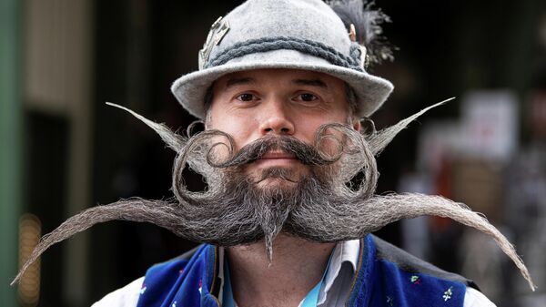 Участник чемпионата мира по бороде и усам в Германии