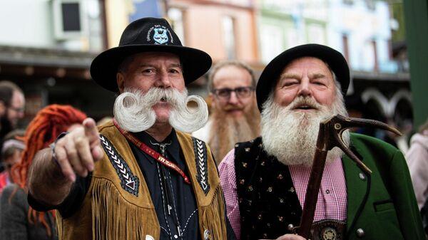 Участники чемпионата мира по бороде и усам в Германии