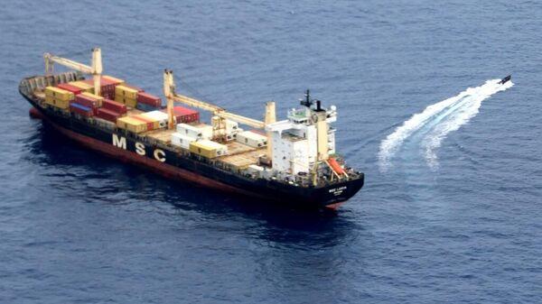 Российские моряки предотвратили захват панамского судна возле Африки