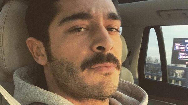 Турецкий актер Бурак Дениз