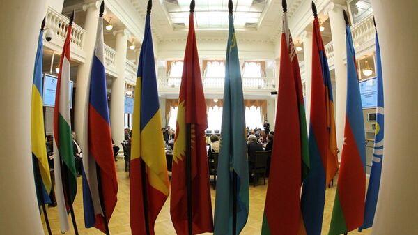 Флаги государств СНГ . Архивное фото