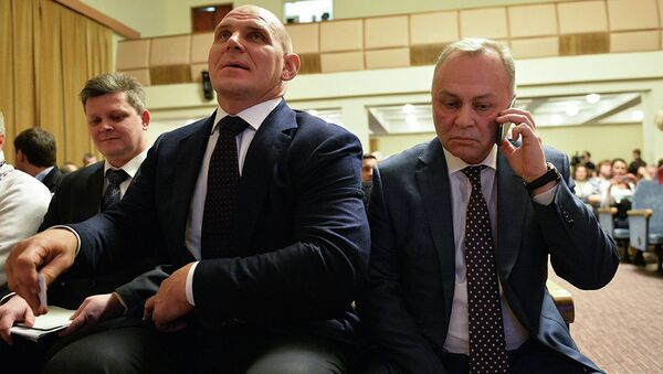Депутат Госдумы Александр Карелин и кандидат в мэры Новосибирска от Единой России Владимир Знатков
