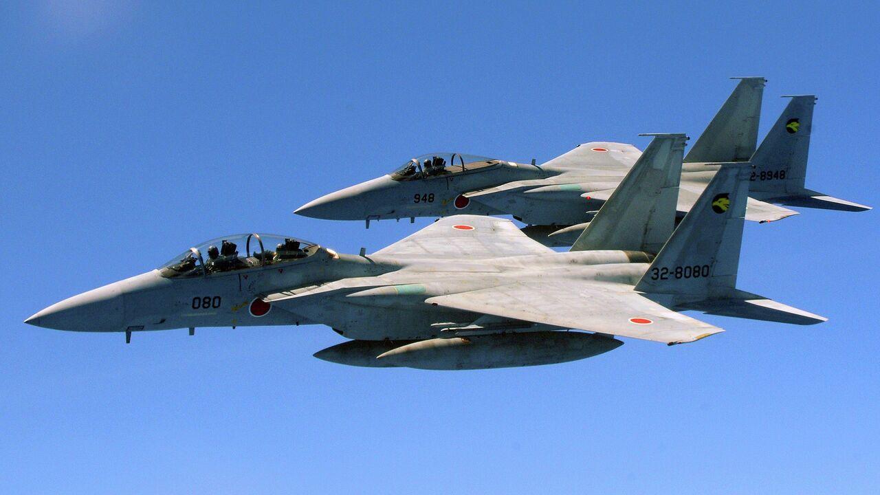 Япония подняла истребители из-за российского и китайского вертолетов