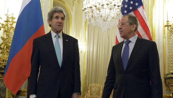 Встреча С. Лаврова и Д. Керри в Париже. Архивное фото