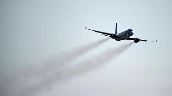 Самолет ТУ-204СМ. Архивное фото