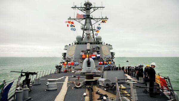 Эсминец ВМС США. Архивное фото