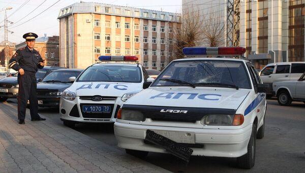 Машина ДПС в Томске сбила девушку, переходившую дорогу вне зебры