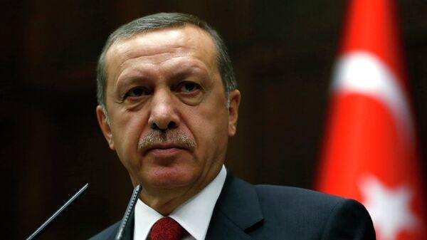 Премьер-министр Турции Тайип Эрдоган на заседании парламента в Анкаре. Архивное фото.