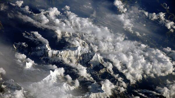 Вид из космоса на Гималаи
