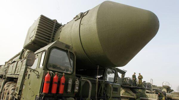 Демонстрация ракетного комплекса Тополь-М. Архивное фото