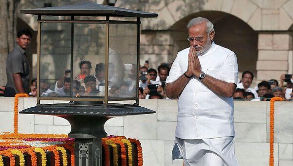 Премьер-министр Индии Нарендра Моди на мемориале Махатмы Ганди