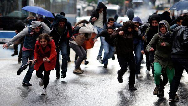 Протесты в Стамбуле 31 мая 2014 года.
