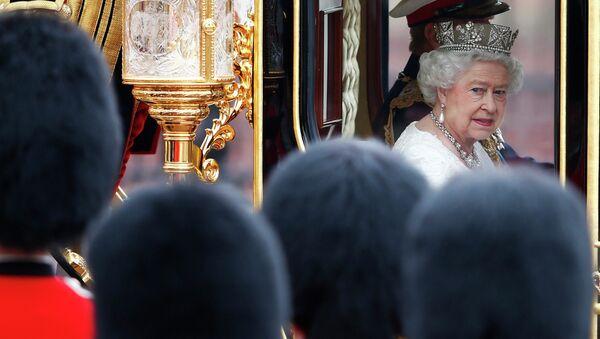Королева Елизавета II и принц Филипп в Вестминстерском аббатстве