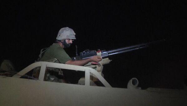 Крупный пожар и перестрелка спецназа с боевиками в аэропорту Карачи