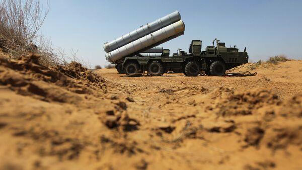 Зенитно-ракетный комплекс С-300. Архивное фото