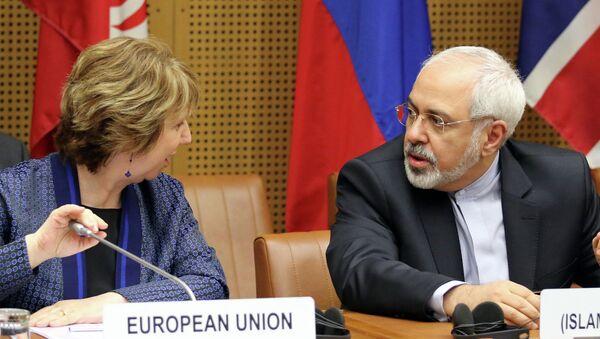 Мохаммад Джавад Зариф и Кэтрин Эштон на переговорах в Вене. Архивное фото