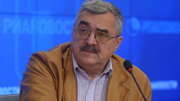 Заместитель директора Института стран СНГ Владимир Жарихин