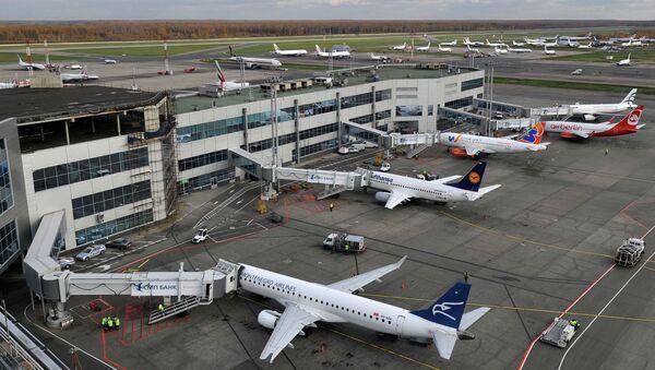 Самолеты в аэропорту Домодедово. Архивное фото