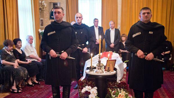 Гражданская панихида по бывшему президенту Грузии Э.Шеварднадзе. Архивное фото