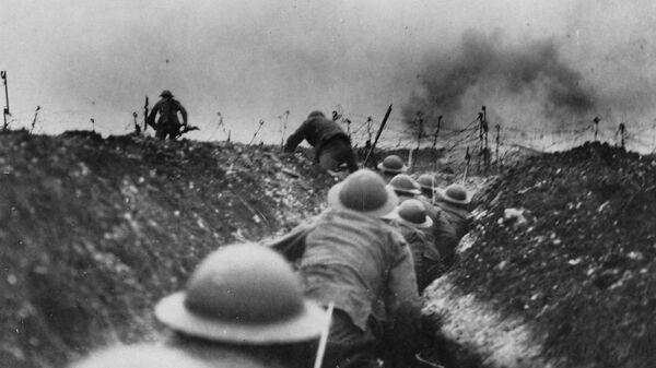 Военные на поле боя во время Первой мировой войны
