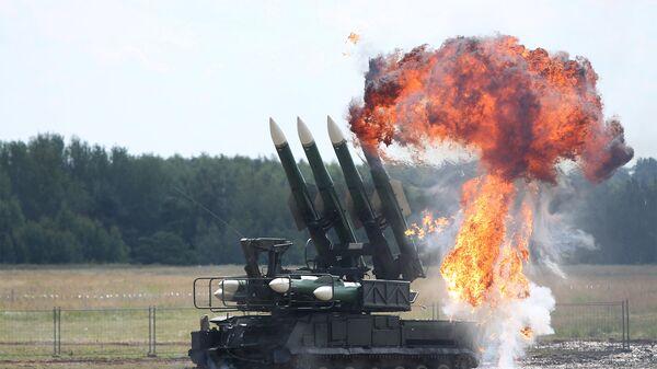 Зенитный ракетный комплекс Бук. Архивное фото