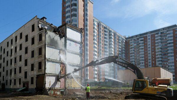 Осмотр хода работ по сносу пятиэтажек в районе Свиблово