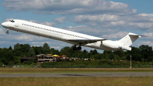 Как утверждает агентство Reuters, это тот самый самолет, который разбился 24 июля в Мали. Фото сделано 15 июня в аэропорту Гамбурга